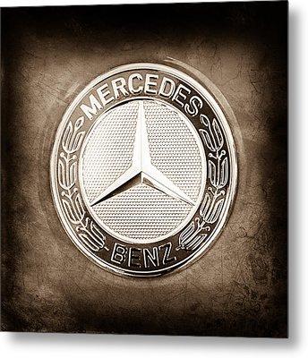Mercedes-benz 6.3 Amg Gullwing Emblem Metal Print by Jill Reger