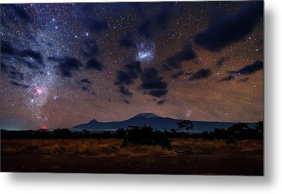 Night Sky Over Mount Kilimanjaro Metal Print by Babak Tafreshi