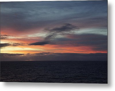 Pacific Sunrise Metal Print
