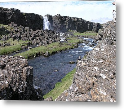 Metal Print featuring the photograph Pingvellir by Christian Zesewitz