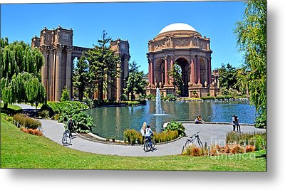 The Palace Of Fine Arts In The Marina District Of San Francisco Metal Print