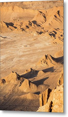 Valle De La Luna Metal Print by Peter J. Raymond