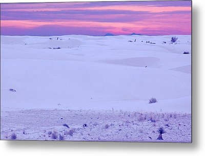 White Sands New Mexico Metal Print by Bob Pardue