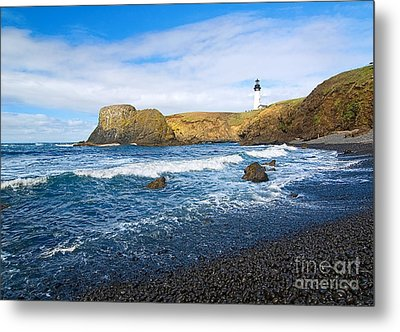 Yaquina Lighthouse On Top Of Rocky Beach Metal Print