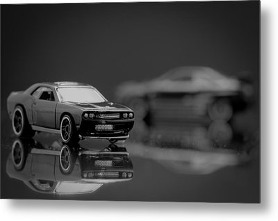 2008 Dodge Challenger Srt8 Metal Print by Wade Brooks