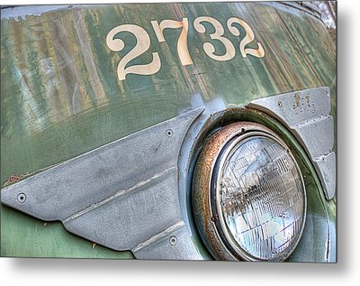 Metal Print featuring the photograph 2732 by Michael Donahue