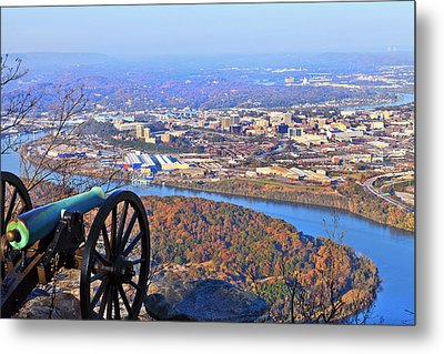 Chattanooga In Autumn Metal Print by Melinda Fawver