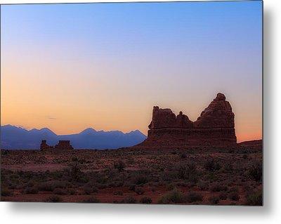 Desert Sunrise Metal Print by Jonathan Gewirtz