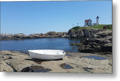 Metal Print featuring the photograph Light House by Rose Wang