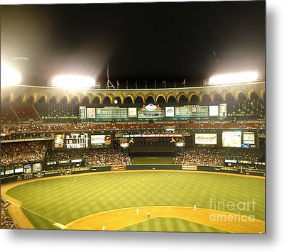 Moon In The Arches Metal Print by Kelly Awad