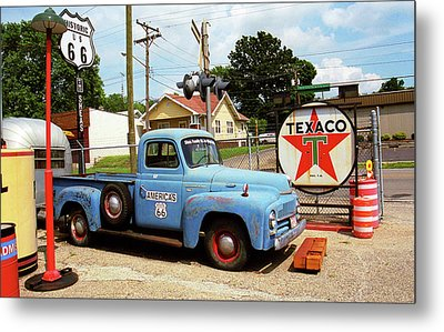 Route 66 - Shea's Gas Station Metal Print by Frank Romeo