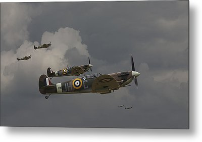 317 Polish Squadron Metal Print by Pat Speirs