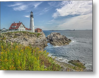 Metal Print featuring the photograph Portland Headlight by Jane Luxton