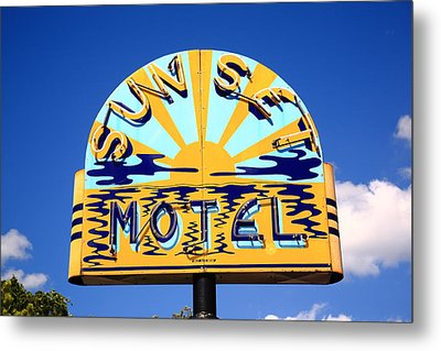 Route 66 - Sunset Motel Metal Print by Frank Romeo