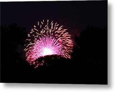 4th Of July Fireworks - 011327 Metal Print by DC Photographer