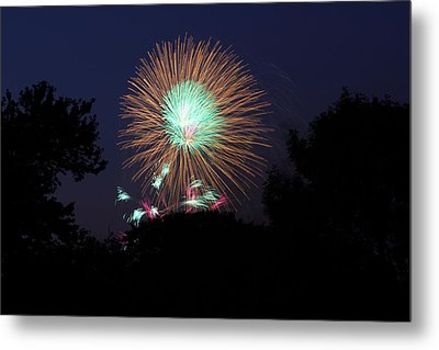 4th Of July Fireworks - 01134 Metal Print by DC Photographer