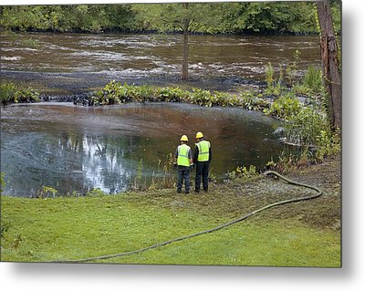 Oil Spill Cleanup Metal Print by Jim West