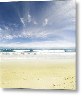 Beach Metal Print by Les Cunliffe