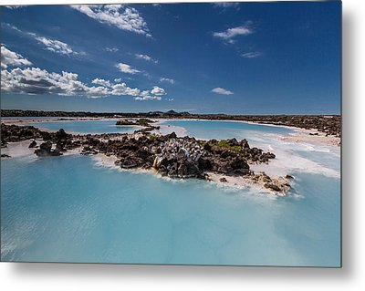 Silica Deposits In Water By The Metal Print