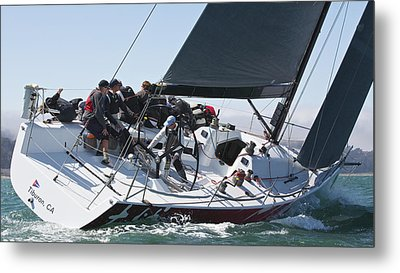 Upwind On The Bay Metal Print by Steven Lapkin
