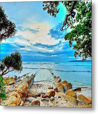 Love This Picture? Check Out My Gallery Metal Print by Tommy Tjahjono