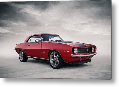 69 Camaro Metal Print by Douglas Pittman