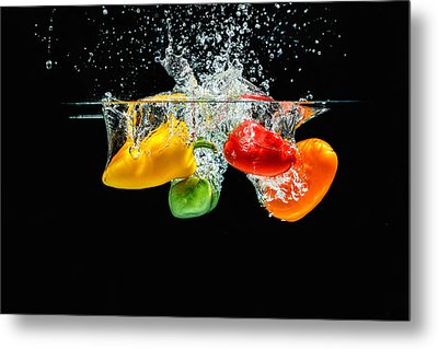 Splashing Paprika Metal Print by Peter Lakomy