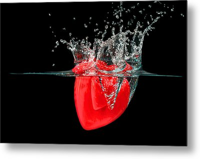 Heart Metal Print by Peter Lakomy