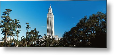 Low Angle View Of A Government Metal Print by Panoramic Images