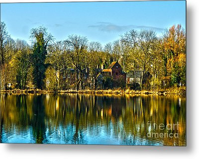 A Beautiful Place To Live Metal Print