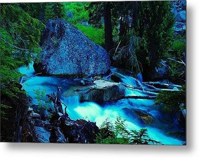 A Big Rock On The Way To Carter Falls Metal Print