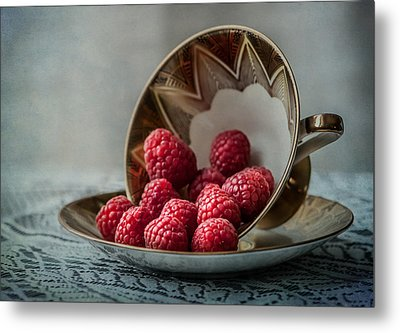 A Cupfull Of Raspberries Metal Print by Maggie Terlecki