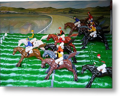 A Day At The Races Metal Print by Richard Reeve