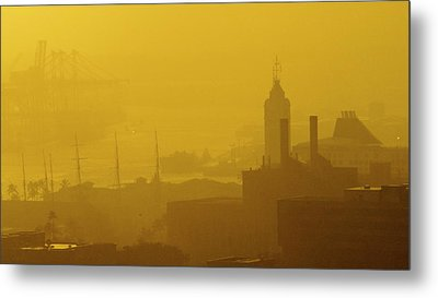 A Foggy Golden Sunset In Honolulu Harbor Metal Print