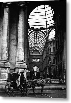 A Horse And Cart By The Galleria Umberto Metal Print