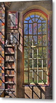 A Look From The Library Metal Print by Susan Candelario