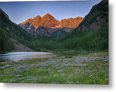 Metal Print featuring the photograph A Maroon Morning - Maroon Bells by Photography  By Sai