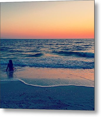Metal Print featuring the photograph A Moment To Remember by Melanie Moraga