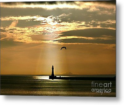 Metal Print featuring the photograph Roker Pier Sunderland by Morag Bates