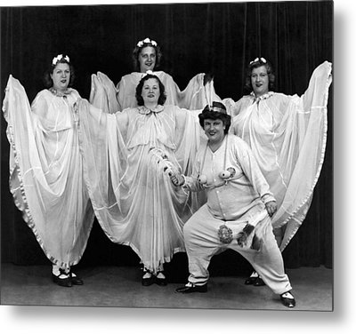 A Ny Theatrical Group Metal Print by Underwood Archives