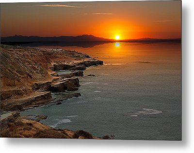Metal Print featuring the photograph A Sunset by Lynn Geoffroy