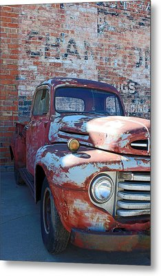 A Truck In Goodland Metal Print by Lynn Sprowl