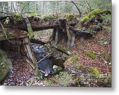 Abandoned Boston And Maine Railroad Timber Bridge - New Hampshire Usa Metal Print by Erin Paul Donovan