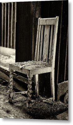 Abandoned Chair Metal Print by Russ Dixon