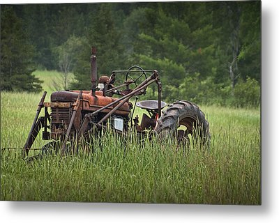 Abandoned Farm Tractor In The Grass Metal Print by Randall Nyhof