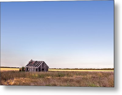 Abandoned Farmhouse In A Field Metal Print