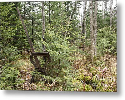 Abandoned Harp Switch Stand - New England Usa Metal Print by Erin Paul Donovan