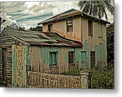 Abandoned In The City Metal Print by Kathy Jennings