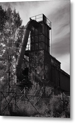 Abandoned Metal Print by Marty  Cobcroft