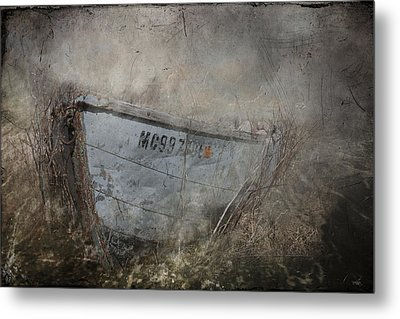 Abandoned On Sugar Island Michigan Metal Print by Evie Carrier
